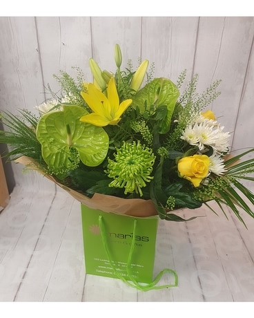 Local Hand-Tied / Lime and Yellow Flower Arrangement